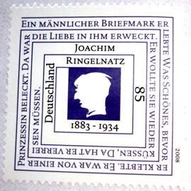 Joachim Ringelnatz: Ein männlicher Briefmark erlebte Was Schönes, bevor er klebte. Er war von einer Prinzessin beleckt. Da war die Liebe in ihm erweckt. Er wollte sie wieder küssen, Da hat er verreisen müssen.